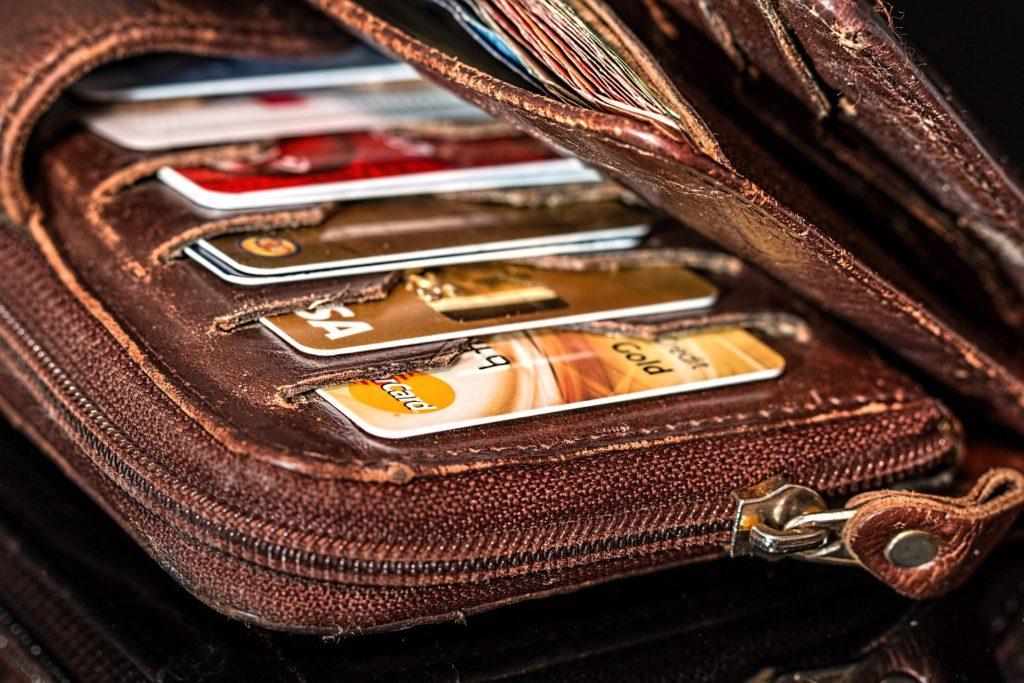 お財布の買い替え時期を見極めるポイント