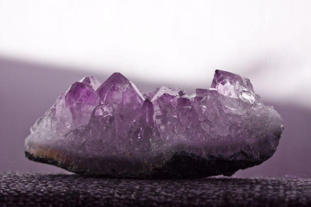 誕生日の意味と天然石の不思議な力